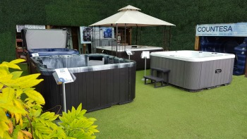 Low Price Hot Tubs